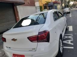 Cobalt branco táxi