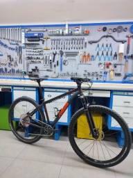 Bicicleta bike Mtb tsw rava aro 29 tamanho M suspensão ar grupo xt