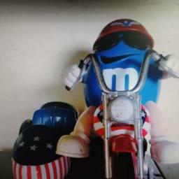 boneco mm na moto raridade 20 cm de altura