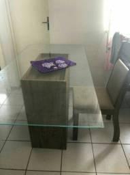Mesa de vidro com 6 cadeiras (Leia o anúncio)