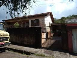 Título do anúncio: Vende-se casa em Ouro Preto. MG