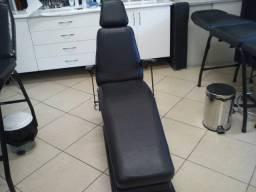 Cadeira semi-automática adaptada e personalizada para Tatuadores