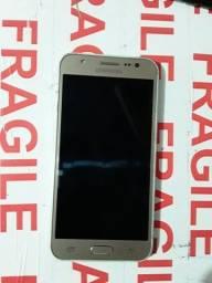 Celular Samsung j5 dourado