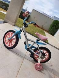 Bicicleta infantil em perfeito estado