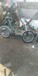 Título do anúncio: Bicicleta Monareta relíquia