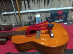 Luthier serviços especializados em instrumentos
