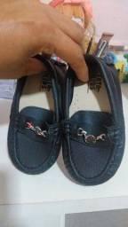 Sapatos de menino e menina $50