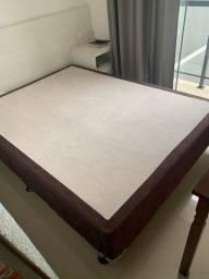 Vende-se uma cama box de casal