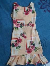 Vendo vestido medi tamanho único