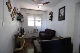 Apartamento de 2 dormitórios localizado no Bairro Bonfim