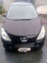 Vende-se carro Peugeot