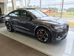 Audi E-TRON E-TRON Sportb. Perf.Black Aut.(Elétrico)