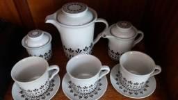 Jogo de chá ou café com leite