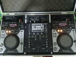 Par pioneer cdj 400 + mixer behringuer no 202 + case