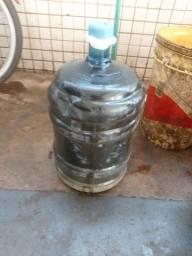 20 litros de óleo queimado