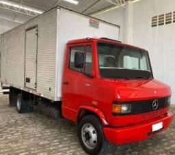 Título do anúncio: Caminhão Mercedes-Benz 710
