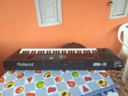 Roland Bk5 semi novo