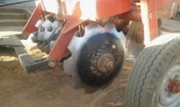 Grade Aradora de 14 Disco Tatu