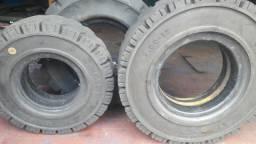Dois pneus 7.00-12 Um 6.00-9 para empilhadeiras