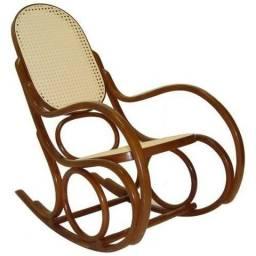 5a408dcdd Cadeira de balanço antiga austriaca
