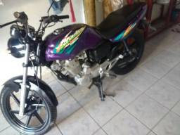 Vendo ou troco por outra moto obs a moto e di leilão com nota fiscal - 1999