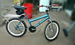 Bicicleta aro20 semi nova