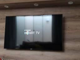 """TV Smart Samsung 48"""" Novinha Sem Marcas de Uso R$ 1.900"""