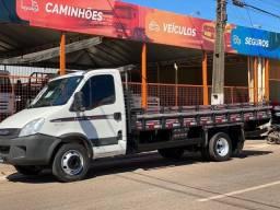 Caminhão Iveco Daily 7 toneladas
