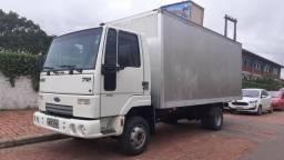 Caminhão Cargo 712 - 2010