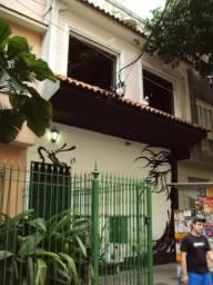 Casa comercial em Laranjeiras, próximo a Hebraica