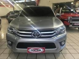 Hilux SRX 2018 com 38.000km na CENTRAL VEÍCULOS - 2018