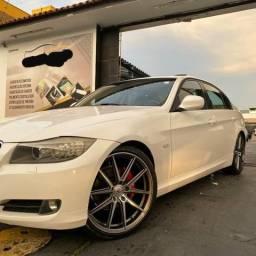 BMW 320i 09/10 - 2010