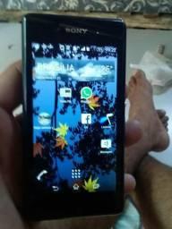 Vendo este celular Sony Xperia motivo da venda ganhei outro