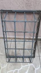 Lixeira para portão dobravel