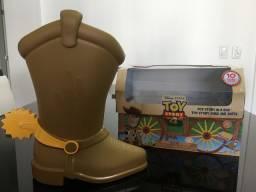 Toy Story bota e caixa