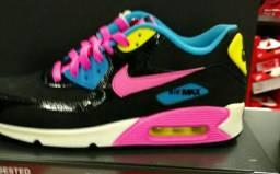Tênis Nike Air Max número 35