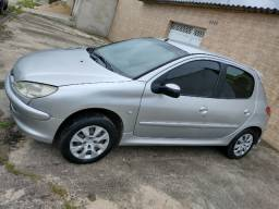 Peugeot 206 1.4 2005 Gasolina