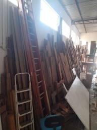 Lote de madeiras demolicao e mais...