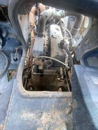 Mercedez Benz 1418 do exército 4x4 funcionando