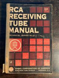 RCA Receiving Tube Manual - Radio Corporarion of America - 1961 - livro - Eletrônica