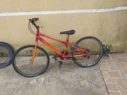 Bicicleta sem uso