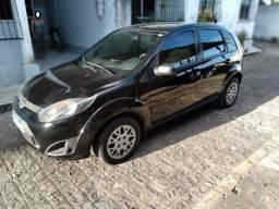 Ford Fiesta 2012 completo cor preta recém revisado doc e IPVA ok NÃO ACEITO TROCA