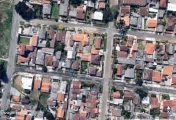 Terreno plano próximo ao Fernao Dias, com casas de aluguel