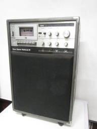 Caixa de Som Antiga com toca fita National (nao funciona)