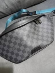 Pochette  Discovery bunbag louis vuitton origimal