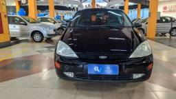 Ford - Focus Ghia 2003 Completo