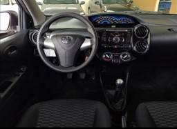 Toyota Etios XS 1.5 Flex 5P Mec.