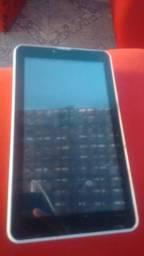 Tablet DL semi novo vendo ou troco em celulares do meu interesse