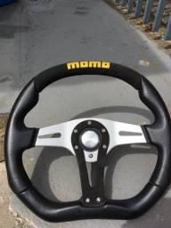 Volante Momo