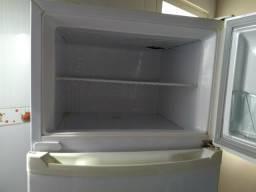 Vendo geladeira Consul
